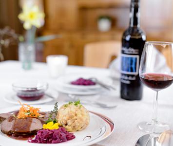 Walser Kulinarikrunde - Kulinarikrunde durchs Walsertal mit fünf Stationen! Zum Preis von € 69,- können Sie ein...