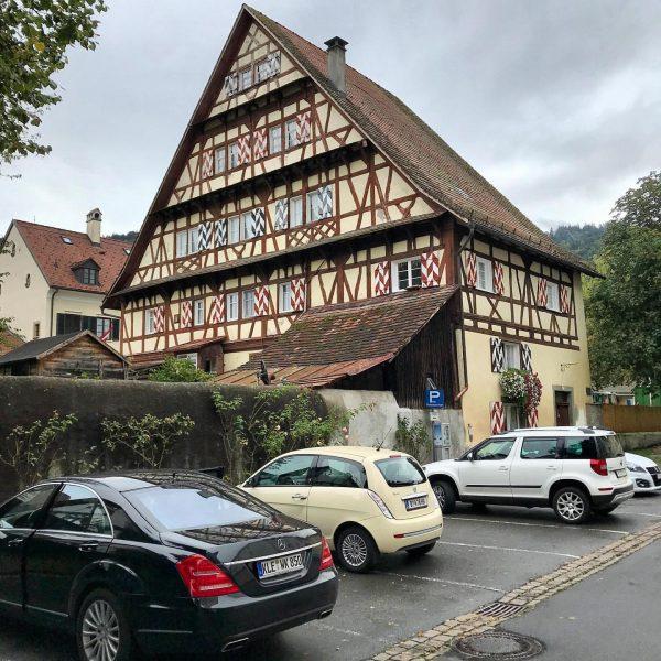 Altes Rathaus #bregenz #oberstadt #oberstadtbregenz #bregenzoberstadt #altesrathaus #architektur #altebauwerke #oldbuilding #architekturfotografie #architecturephotography #architecture ...