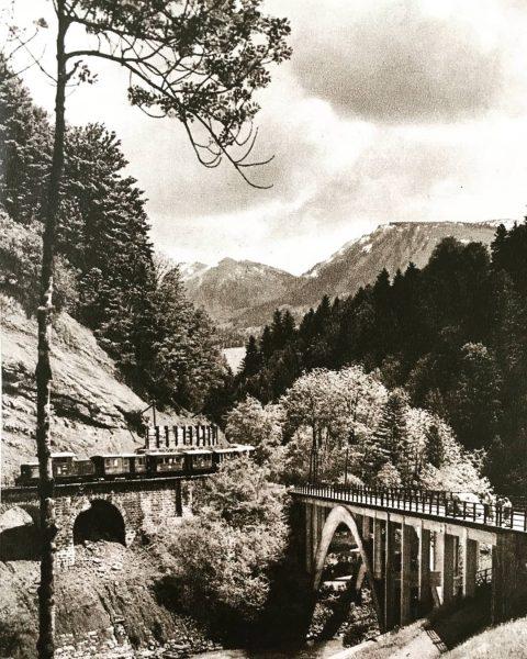 tourismuswerbung a la 60's... #bregenzerwald #faqbregenzerwald #wälderbähnle #bezau #schoppernau #mellau