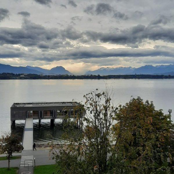 Wenn der erste Schnee auf den Schweizer Bergen🗻 fällt, dann ist der Herbst ...