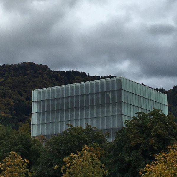 #österreich #bregenz #kunsthausbregenz #peterzumthor #bregenztourismus #igersbregenz Kunsthaus Bregenz