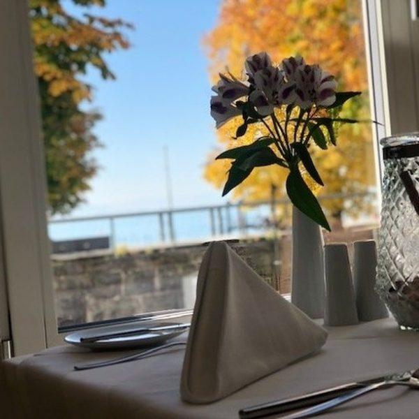Habt ihr schon euren Tisch zu unserem ersten Brunch am 11.10. gebucht? Für ...