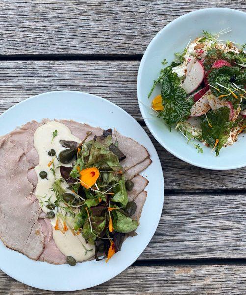 #yo_whats_cookin ? Vitello tonnato & Radieschensalat mit konfiertem Radieschengrün. Das & noch mehr ...