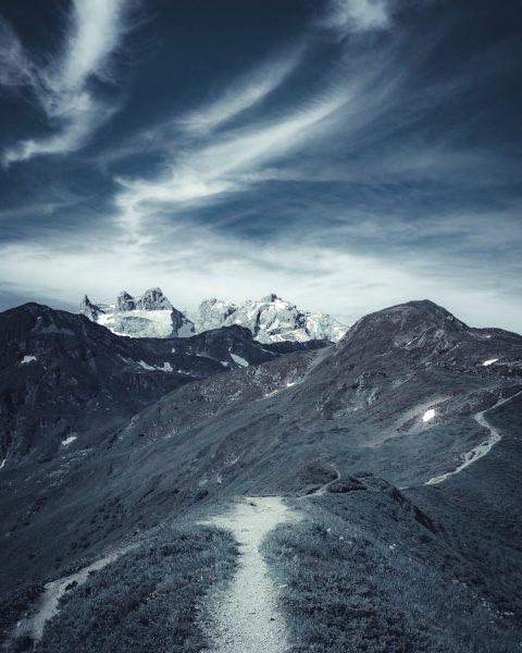Golmer Höhenweg . . . . . . #moodygrams #moodygram #moodygrammers #moody #moody_nature ...