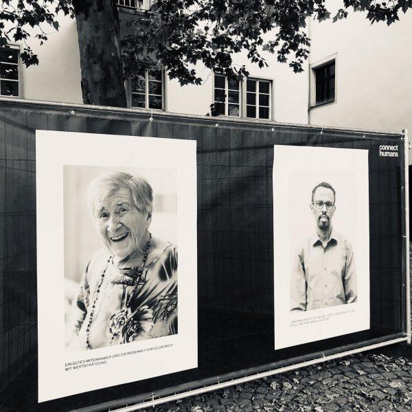 Den Menschen begegnen... Freiluft-Ausstellung von @connecthumans im öffentlichen Stadtraum in Feldkirch! Inspirierend und ...