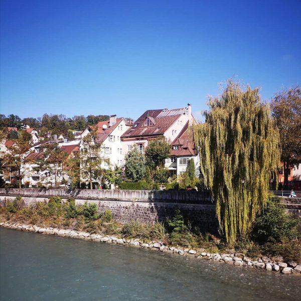 Herbstspaziergang entlang der Ill🍁🍂 #feldkirch #feldkirchliebe #herbstzeit #visitfeldkirch #vorarlberg #austria @glashausfeldkirch☕ Feldkirch, Vorarlberg