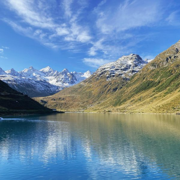 Wie schön ist doch der Herbst im Montafon. #bergführer #guidelife #meinmontafon #bergpartnervorarlberg #heimat ...