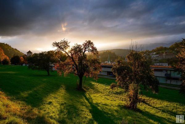 Sonnenuntergang bei Schattenburg #feldkirch #vorarlberg #österreich #austria #feldkirch_austria #feldkirch_vorarlberg #visitaustria #austriatoday #vscoaustria #thisisaustria ...