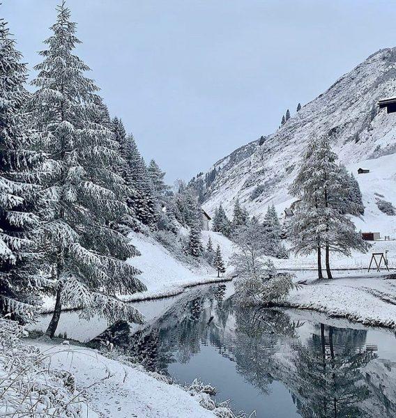 Wir wünschen Euch einen erholsamen Sonntag ❄️☃️ Foto: @mirjam.westers #warthschröcken #warth #schröcken #arlberg ...