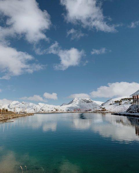 Sonntagsspaziergang bei strahlendem Sonnenschein in Lech! Wir wünschen euch noch ein schönes Wochenende🌞 Bis bald! Oberlech, Vorarlberg,...