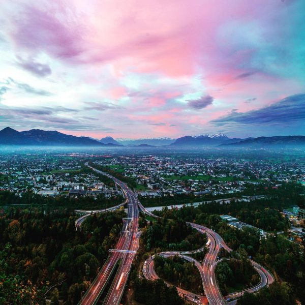 """Pink Morning Cloud Season"" has started again #visitvorarlberg❤️ #venividivorarlberg #bodenseeregion #visitaustria🇦🇹 #pinkclouds #visitbregenz ..."