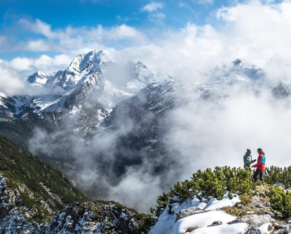Autumn meets winter at the Kellaspitze in @grosses_walsertal with a fantastic view to ...