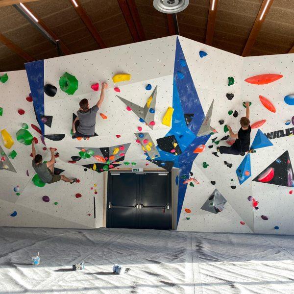‼️Neue Boulder an der Big Wave‼️ Wer es gerne etwas kräftiger 💪 mag ...