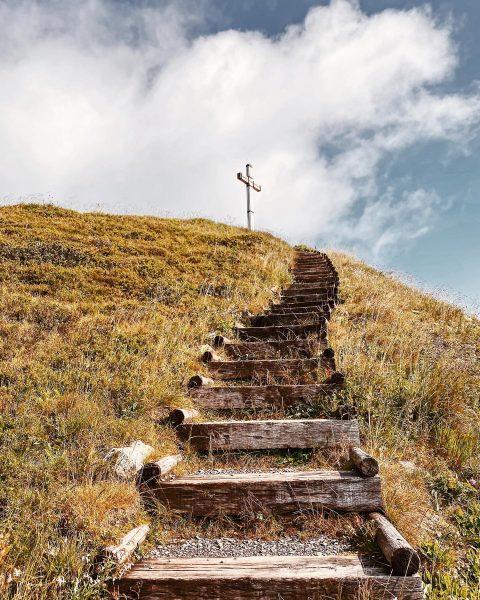 Stairway to heaven? #1000thingsinaustria #shotoniphone #thevisualscollective #liveauthentic #vscoaustria #visualambassadors #austria #austria🇦🇹 #vorarlberg #ländle #igersaustria #visitaustria #visitvorarlberg #mountainlover...