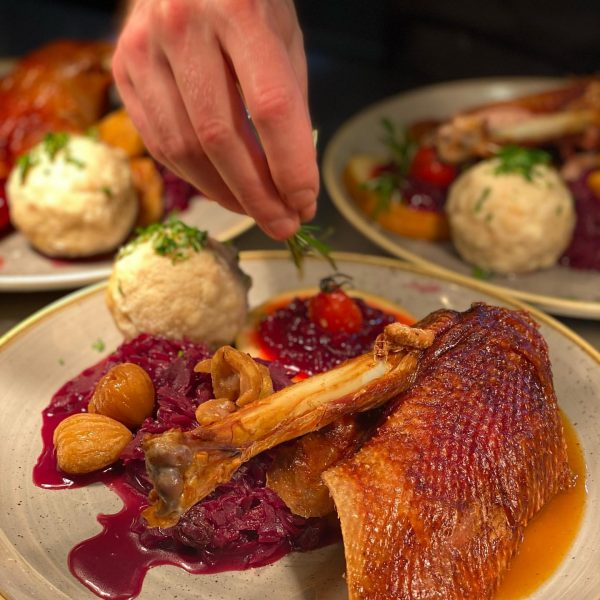 #martinigansl #gutessenindornbirn #visitvorarlberg @6850dornbirn @bodenseevorarlberg #foodlovers #uasischallnoganga Hotel Restaurant Dreiländerblick Dornbirn