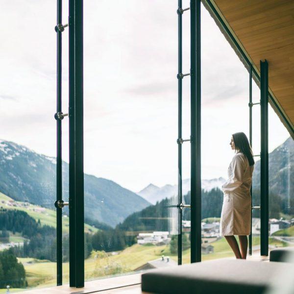 Ein Ruheraum zum Verlieben 🥰 Unsere Saunawelt bietet für jeden genug Platz um ein bisschen Abstand zum...