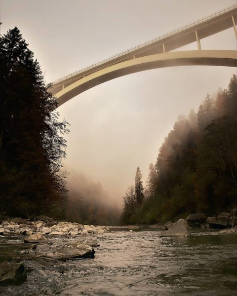 Bridge over troubled water... #bregenzerfotograf #bregenzerach #bregenzerwald #bridge #lingenauerbrücke #lingenau #river #water #landscapephotography ...