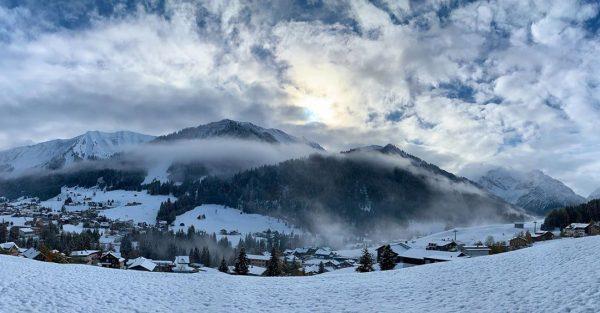 Winterwonderland #kleinwalsertal #winterwonderland #mountains #snow #view #landscape #riezlern #allgäu #allgäueralpen #allgäuliebe #bergliebe Riezlern Kleinwalsertal