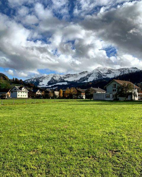 WINTER:grüße von den Bergen - FARBEN:pracht im Tal. Traumhafte Tage für Genuss, Entspannung ...