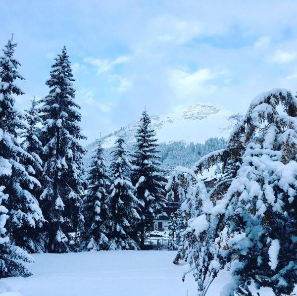 #lechzuers #winter #moment #arlberg #skiing #nature #photooftheday #pictureoftheday #holiday #blog #naturelovers #mountains #pfefferkornshotel ...