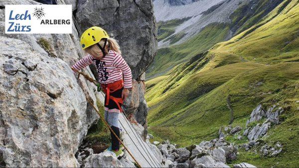 Kinderklettern mit Arlberg Alpin - Das Kinderprogramm in Lech Zürs am Arlberg