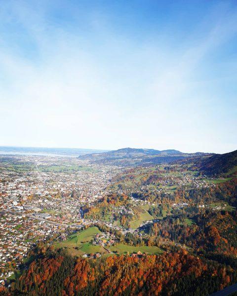 🍂🍁 #dornbirn #karrendornbirn #visitaustria #visitdornbirn #austria #österreich #beautifulaustria #whataview #herbst #autumn #fall #ausblick #aussicht #view #nature #alps...