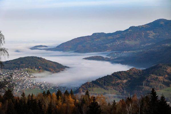 classical November fog day in #gsibergen 😋 #canon #eosr6 #photography #fog #sunday Rätikon