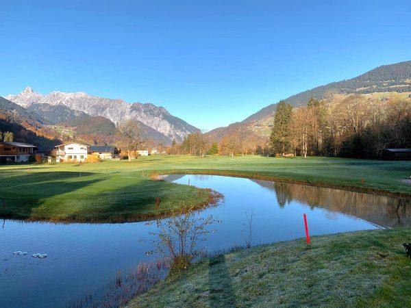Mit dem heutigen Tag beenden wir die diesjährige Golfsaison und verabschieden uns in ...