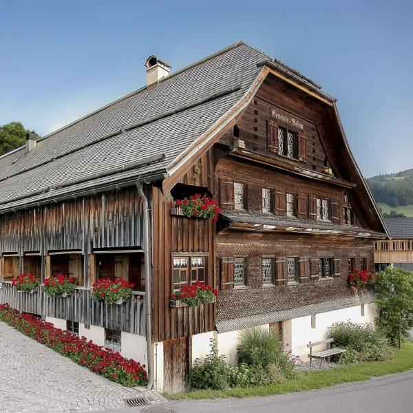 Das Angelika Kauffmann Museum in der Vorarlberger Ortschaft Schwarzenberg im Bregenzerwald widmet sich ...