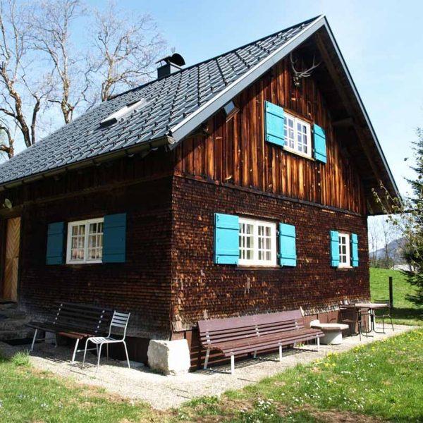 Schöne Berghütte für die Skisaison zur Miete #Skihütte #Berge #Skiurlaub #Mietwohnung #8 Betten #Bürserberg #Tschengla-Hochplateau #Tschenglabahn #Brandnertal...