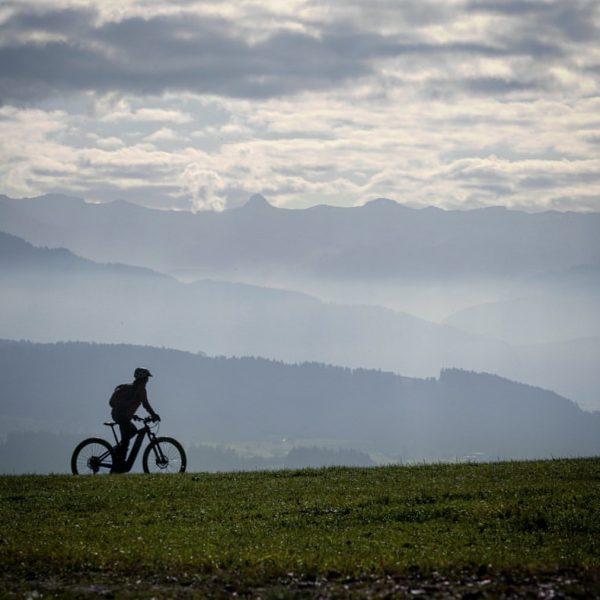Ich mag einfach diesen Blick vom Sulzberger Höhenrücken hinein in den Bregenzer Wald besonders jetzt im November......