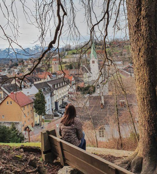 Wir blicken auf das schöne, mittelalterliche Städtchen Feldkirch, das nun, wie das ganze Land, wieder zur Ruhe...