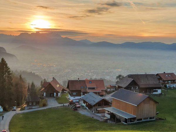 Cherish every sunset 🌅 Heute eine Foto vom Sonnenuntergang von der Bergpazelle Schwende ...