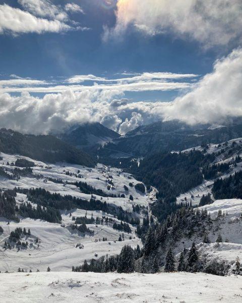 #winter Die Wintersaison steht vor der Tür - sind Sie bereit dafür? ❄️⛷🏂 Wir können es kaum...