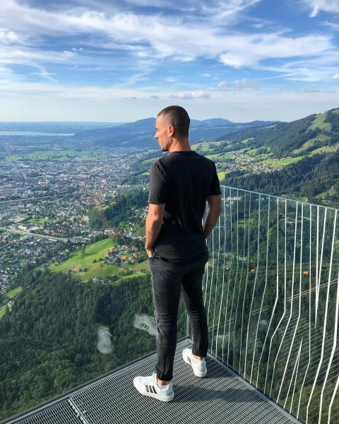 enjoy your LIFE every Day ..⚡️#dornbirn #aussicht #view #friday #travelblogger #liveyourlife #picoftheday #nevergiveup #enjoylife #believeinyourself #nevergiveup #likeforlikes...