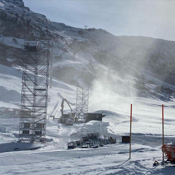 Schönes Wetter an diesem Wochenende #hotel #restaurant #valluga #zurs #lech #arlberg #vorarlberg #ski #snowboarding #schnee #winter #fis...