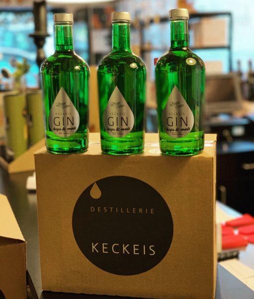 frisch ausgeliefert 🙌🏼 hops & malt Gin #destilleriekeckeis #keckeis #hopsandmalt #gintonic #madeinaustria