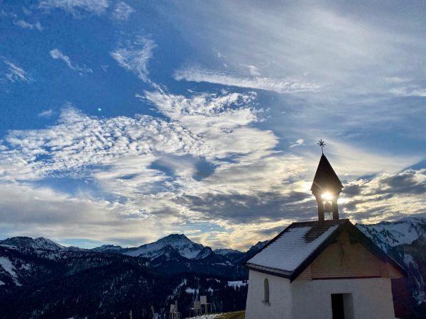 Ich kam. Ich sah. ein Wolkenschauspiel. ☁️☀️#lustenauerriesalpe #meinsibratsgfäll #visitbregenzerwald Sibratsgfäll, Vorarlberg, Austria