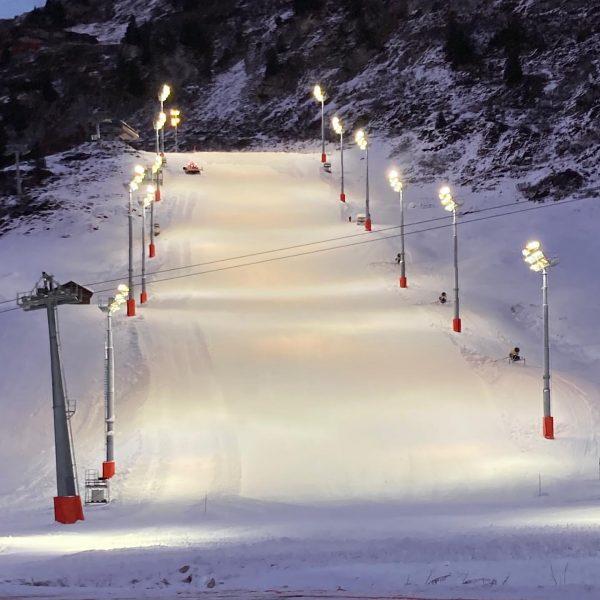 Die Vorbereitungen laufen auf Hochtouren. Audi Fis Ski Weltcup #hotel #restaurant #valluga #zurs #lech #arlberg #vorarlberg #ski...