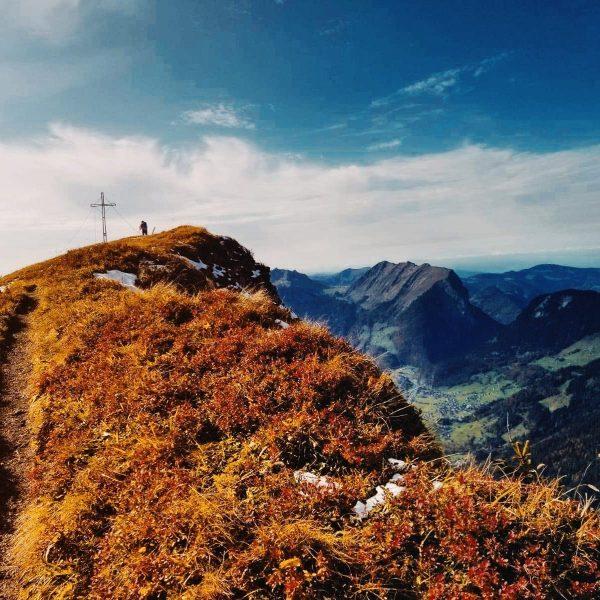 .ontrack #üntschenspitze _ _ _ #schoppernau #bregenzerwald #bregenzerwald🌲🌲 #wälder #ontrack #summit #kanisfluh #vorarlberg #visitvorarlberg #visitbregenzerwald #austria🇦🇹 #visitaustria...