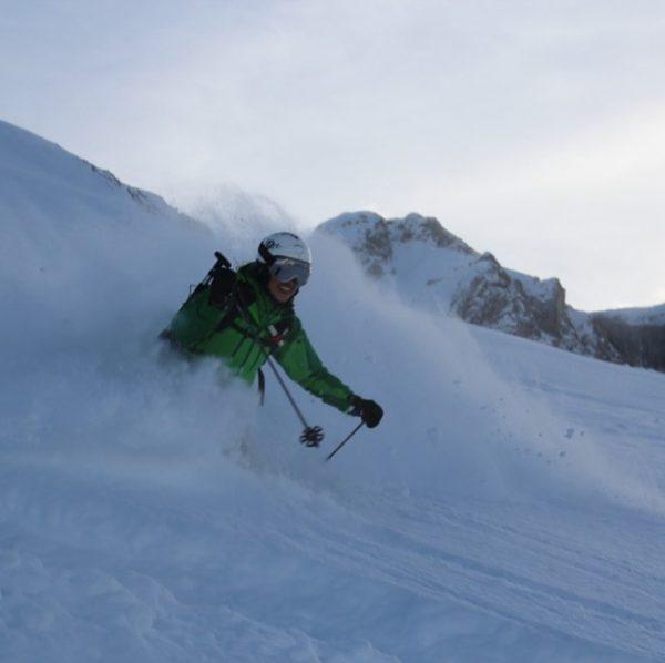 The best time of the year is coming soon. #cantwait2ski #besttimeoftheyear #lech #lechzuers #schneiderlech #skihotel #sehnsuchtsort #arlberg...