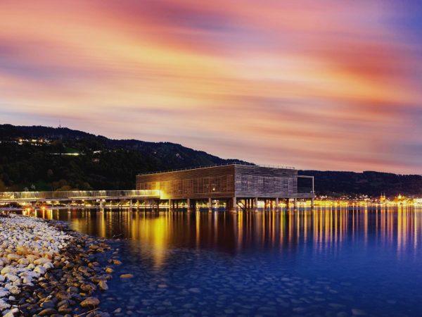 Langzeitbelichtung am Kaiserstrand #kaiserstrand #lochau #vorarlberg #visitvorarlberg #myvorarlberg #bodensee #landscapephotography #reisenmachtglücklich #wanderlust #lake ...