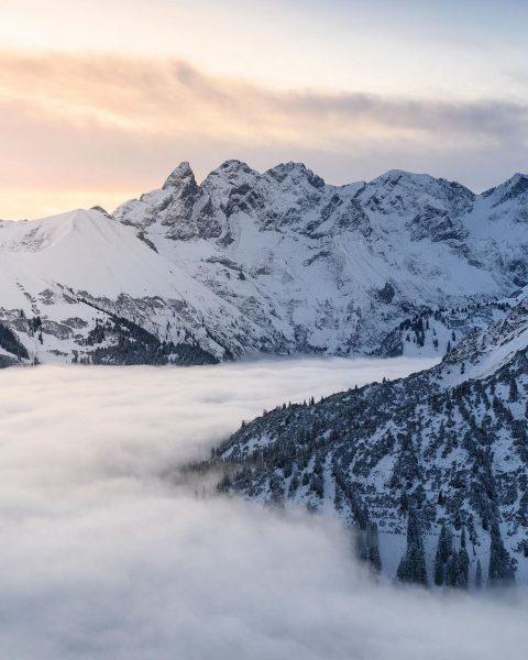 Wie wärs mit etwas Winterzauber? ❄️ @karamanschi liefert das passende Motiv von vergangener Woche. Tolle Obheiter-Stimmung mit...