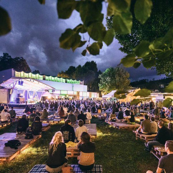 Neuigkeiten zum #Poolbarfestival2021! 8.7.2021 - 15.8.2021 Das Poolbar-Team plant schon fleißig für nächstes ...