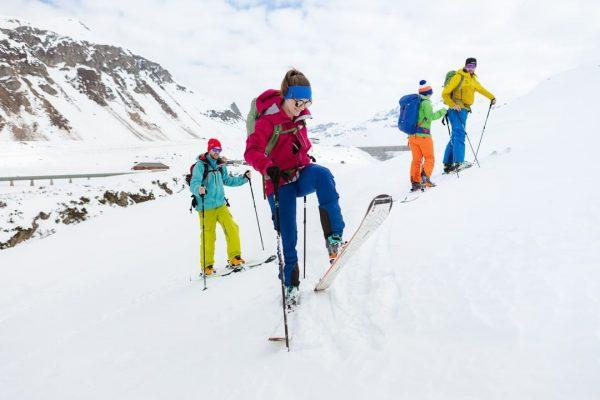 Skitourenfans aufgepasst ❗️ Zum vierten Adventsonntag verlosen wir zwei Plätze für den Skitouren ...
