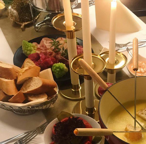 An Silvester darf ein köstliches Fondue nicht fehlen 🤩 Bestell für einen genussvollen ...