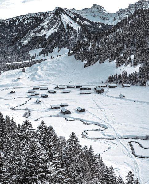 Schönenbach Schön 366/366 🌟 . . . #visitaustria #visitbregenzerwald #visitvorarlberg #austria #picoftheday #thewanderco ...