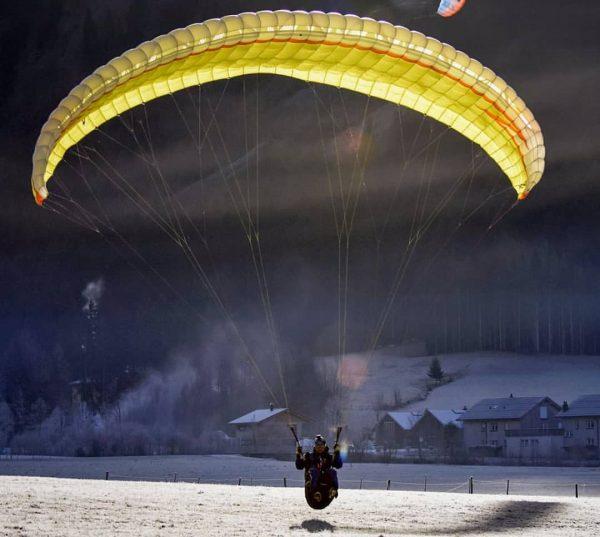 Approaching 2021... #paragliding #sky #flying #novagliders #finalapproach #loveparagliding❤️ #hikeandfly #bregenzerwald #ländle #draußenzuhause #lazzysaturday ...