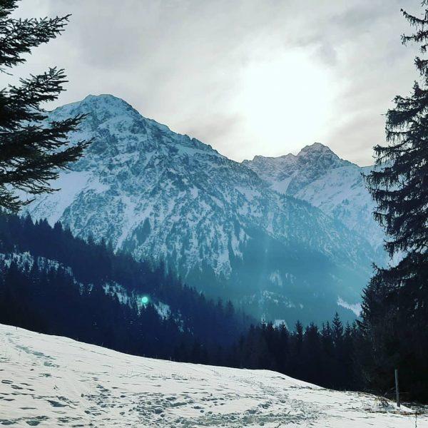 #kleinwalsertal #mittelberg #sonne #wunderschön #winter #sonnenschein #gutelaune #besteswetter #einfachmalmachen Kleinwalsertal Österreich