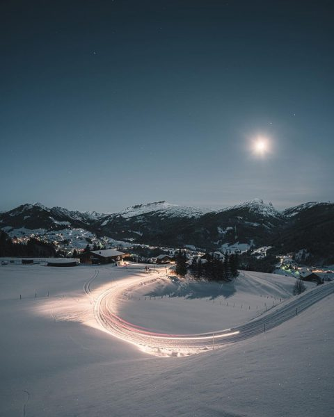 #photography #fun #sony #sonyalpha #a7rii #ifen #kleinwalsertal #austria #morning #snow #cold #winter #moon ...